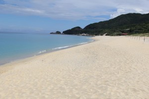 Nagatan upea hiekkaranta Yakushiman saarella Kyushulla